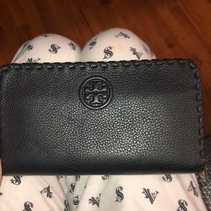 Tory Burch Bags - Black Tory Burch wallet gently used